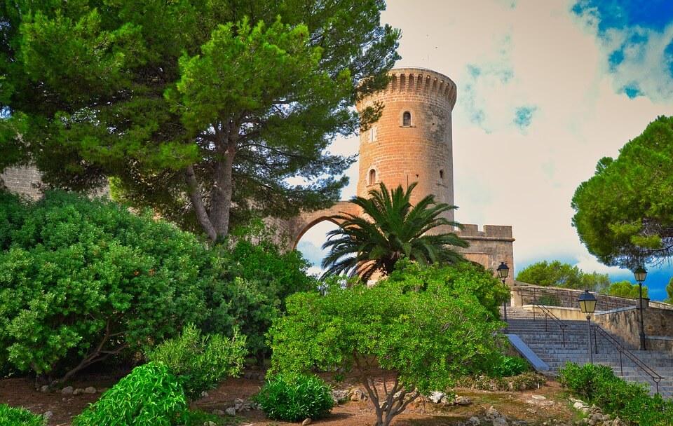 Lâu đài Bellver