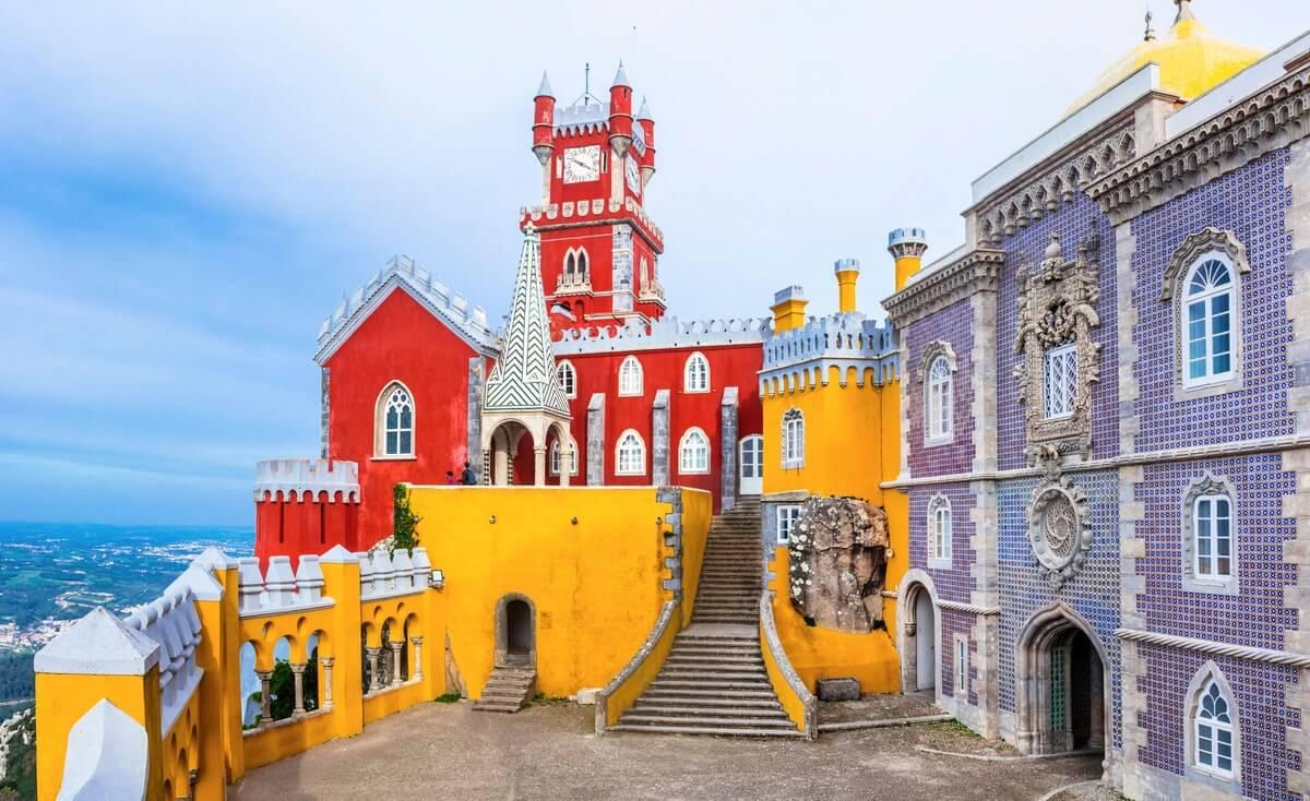 Cung điện quốc gia Pena ở Sintra